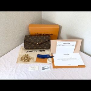 Louis Vuitton Pochette Felicie Monogram Clutch
